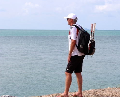 breakpointtravelguides-koh-samui-beach-backpack-tennis-racquet-teri-church