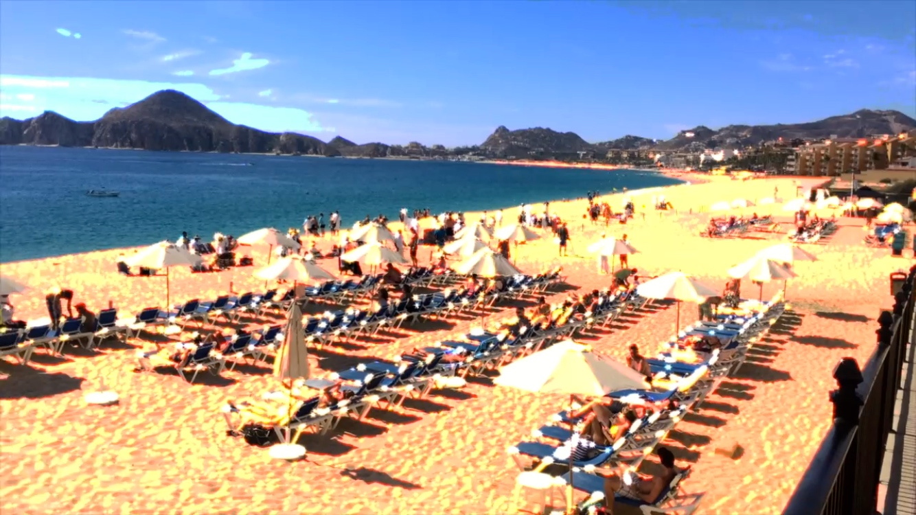 breakpointtravelguides-cabo-san-lucas-beach-chairs-joel-baycroft