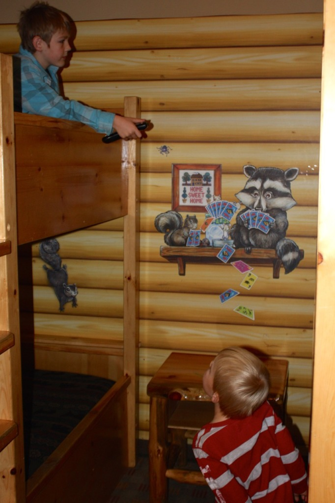breakpointtravelguides-great-wolf-lodge-grand-mound-bunks-kathy-london