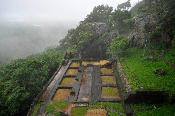 breakpointtravelguides-sri-lanka-Sigiriya-Rock-ruins-kathy-london
