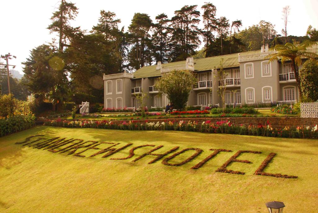 breakpointtravelguides-sri-lanka-nuwara-eliya-st-andrews-hotel-kathy-london