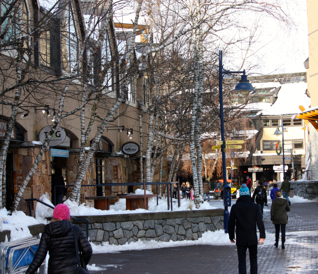 breakpointtravelguides-street-scene-Whistler-Village-kathy-london